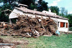 Après la crue de 2002