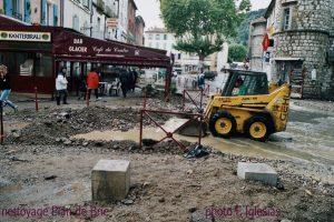Après la crue de 2002 à Anduze